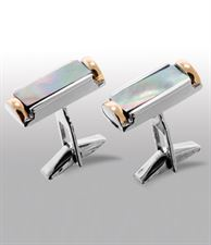 Picture of cufflinks 3